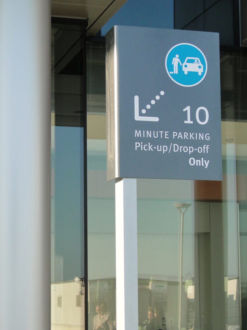 10_min_parking.jpg