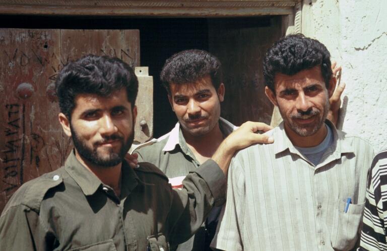 Bandar e Bushehr gentlemen.JPG