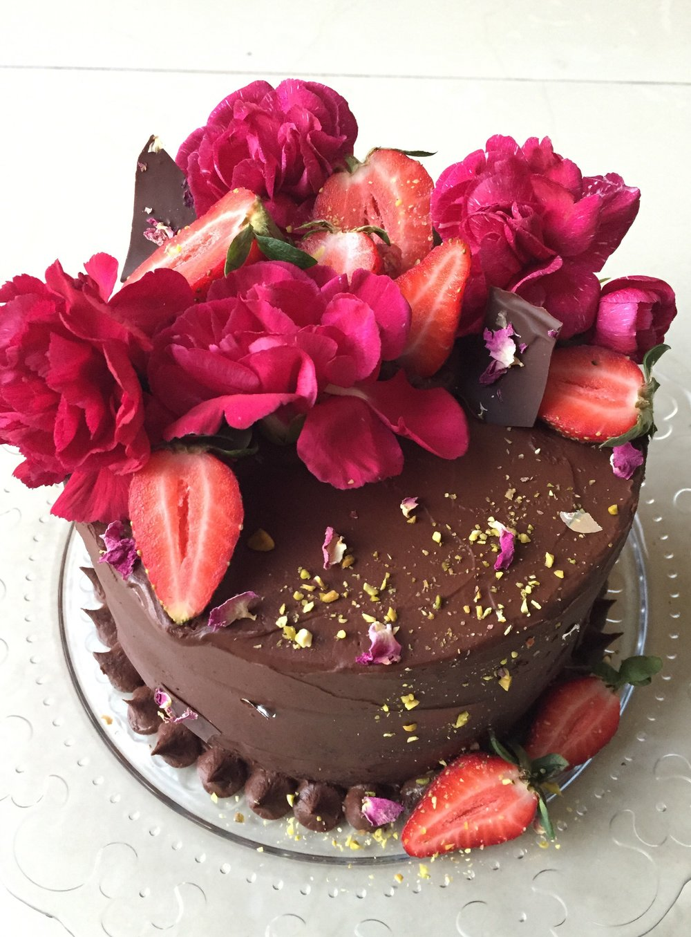 Strawberry Chocolate Ganache Cake