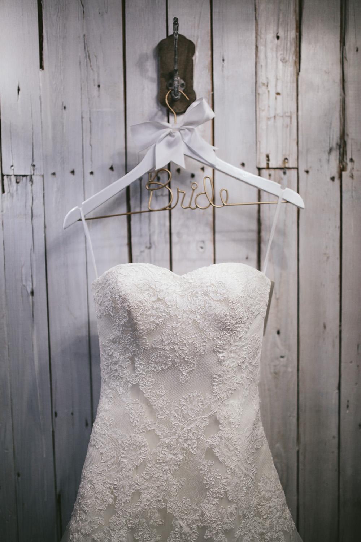 Gambrel Barn Wedding-02.jpg
