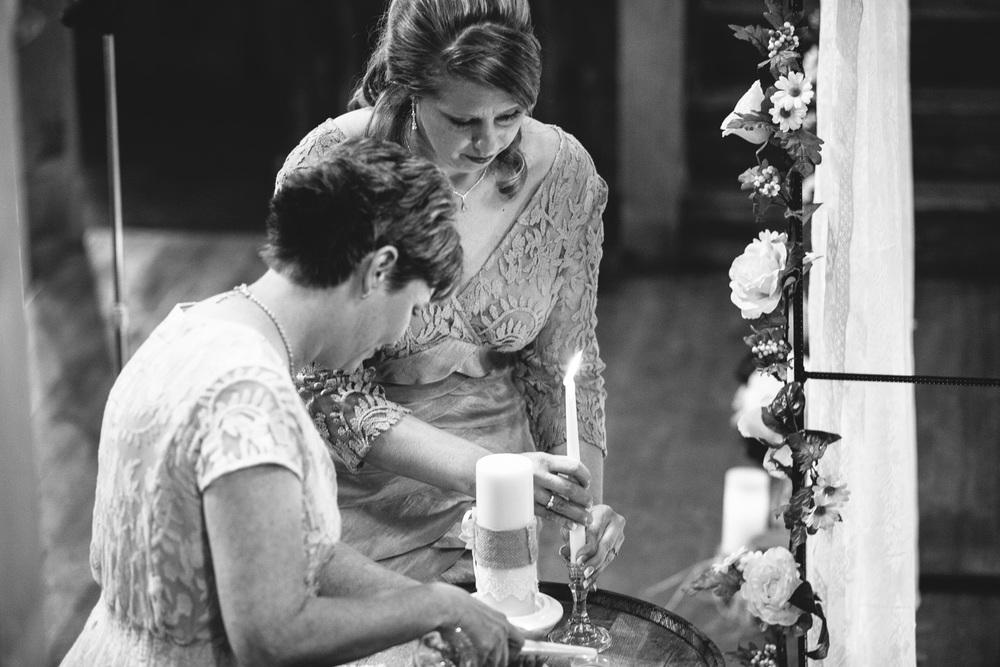 Gambrel Barn Wedding-26.jpg