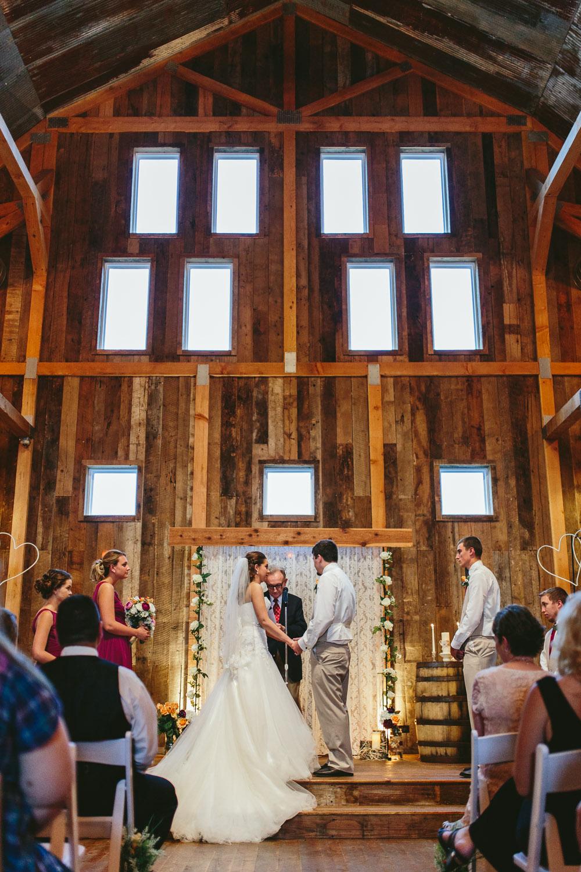 Gambrel Barn Wedding-30.jpg