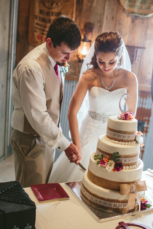 Gambrel Barn Wedding-41.jpg