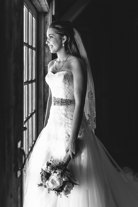 Gambrel Barn Wedding-49.jpg