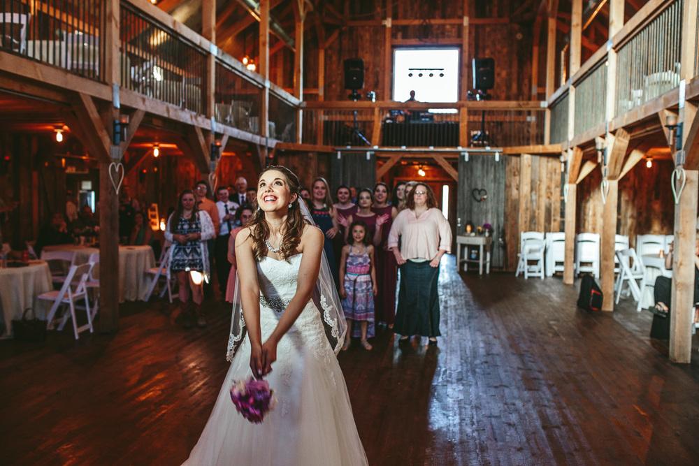 Gambrel Barn Wedding-50.jpg