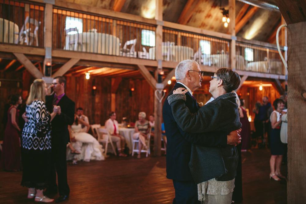 Gambrel Barn Wedding-61.jpg