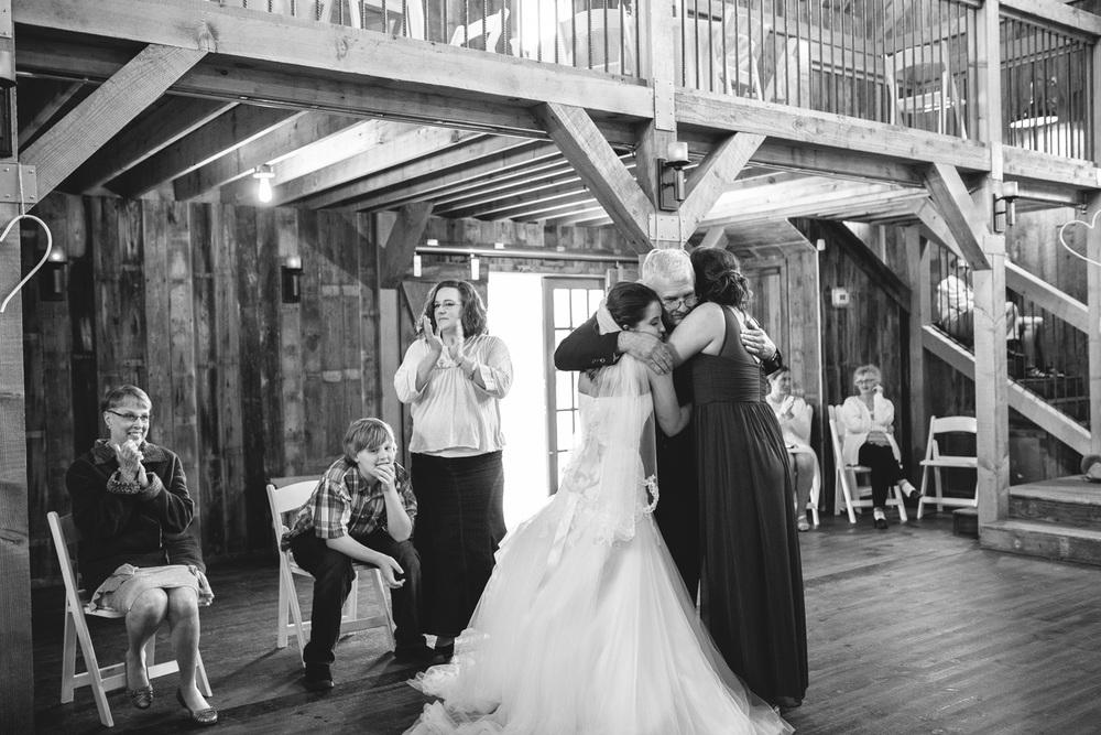 Gambrel Barn Wedding-64.jpg