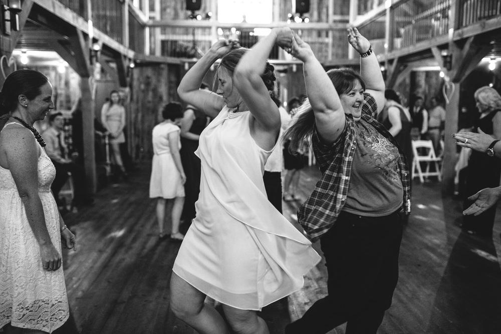 Gambrel Barn Wedding-65.jpg