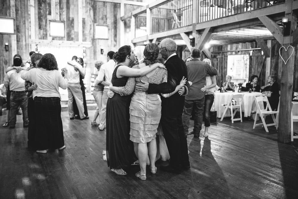Gambrel Barn Wedding-71.jpg