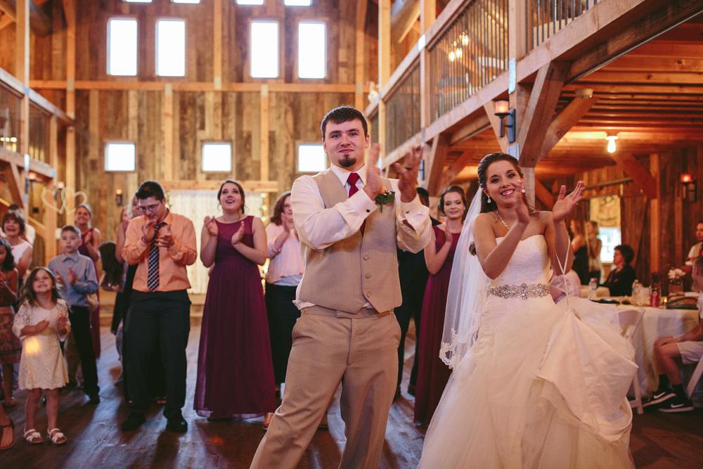 Gambrel Barn Wedding-79.jpg