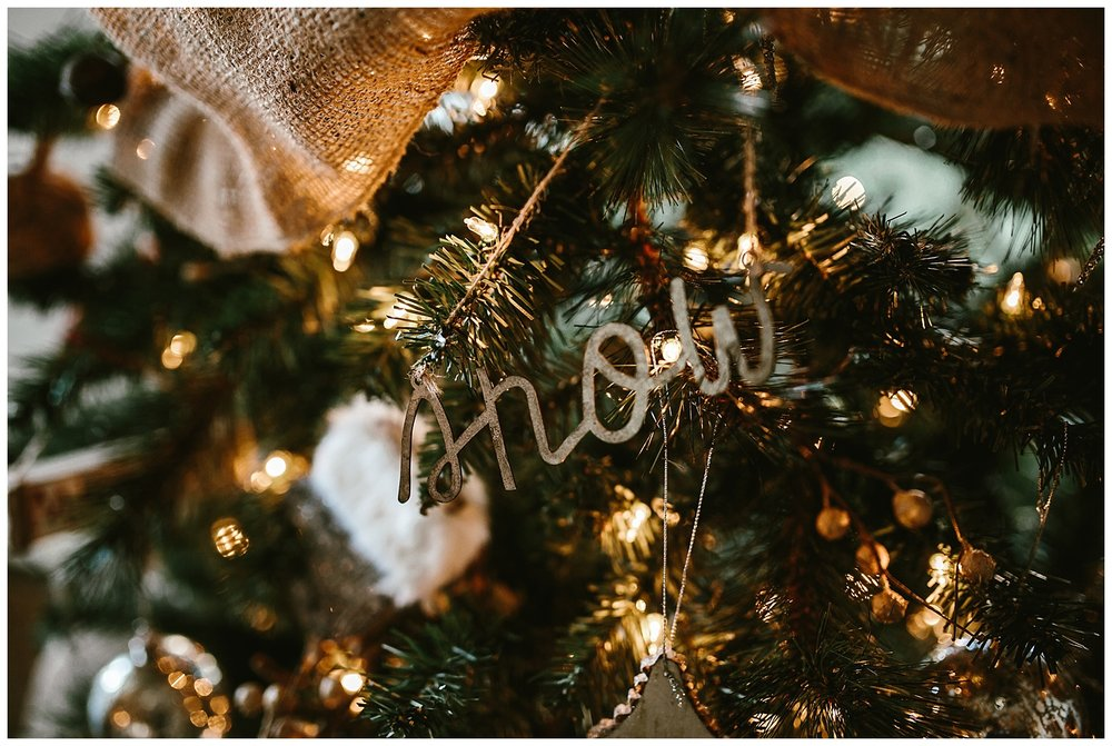 Lifestyle at home Christmas engagement shoot-14.jpg