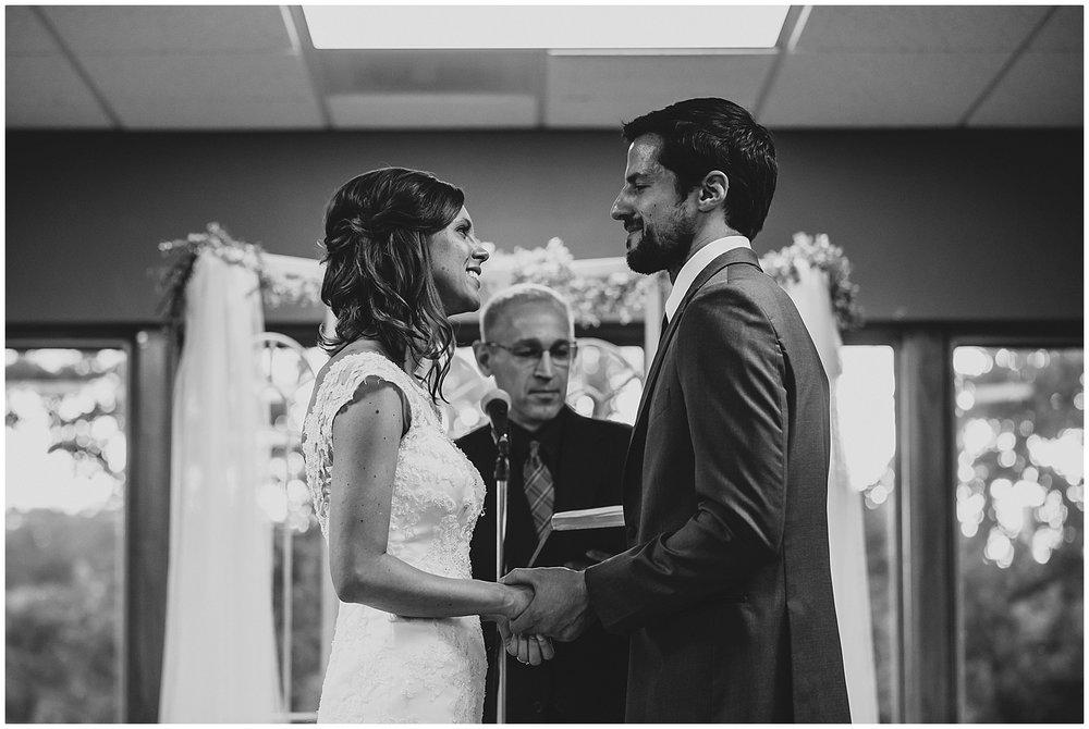 midwest lifestyle wedding photographers_0044-1.jpg