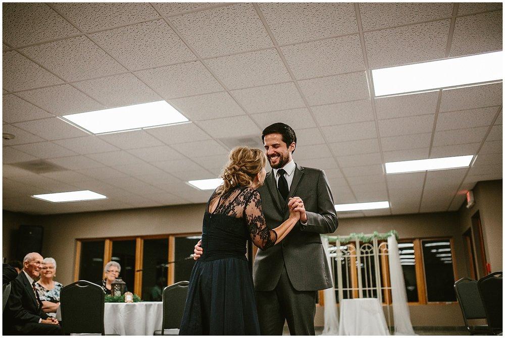 midwest lifestyle wedding photographers_0053-1.jpg