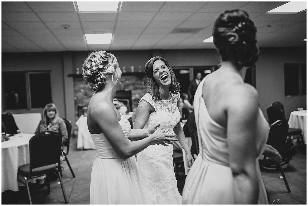 midwest lifestyle wedding photographers_0057-1.jpg