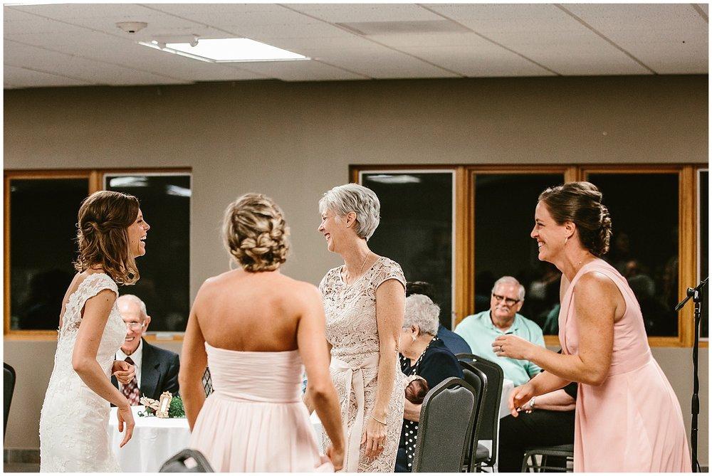 midwest lifestyle wedding photographers_0058-1.jpg