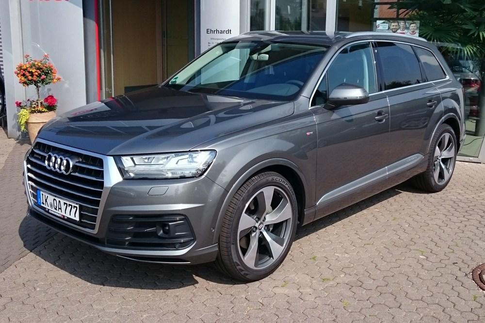 Audi_Q7_3.0_TDI_quattro_S_line.JPG