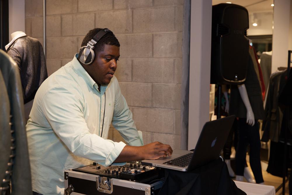 DJ RobertsSounds