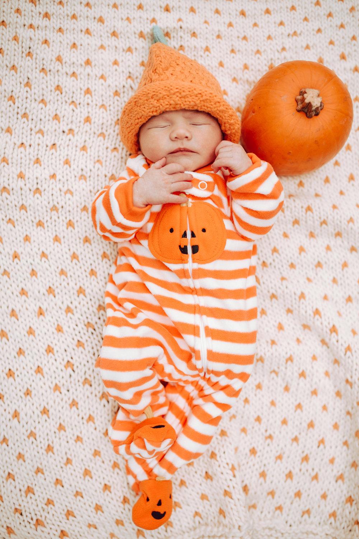 Memphis Newborn Pumpkin Outfit & hat