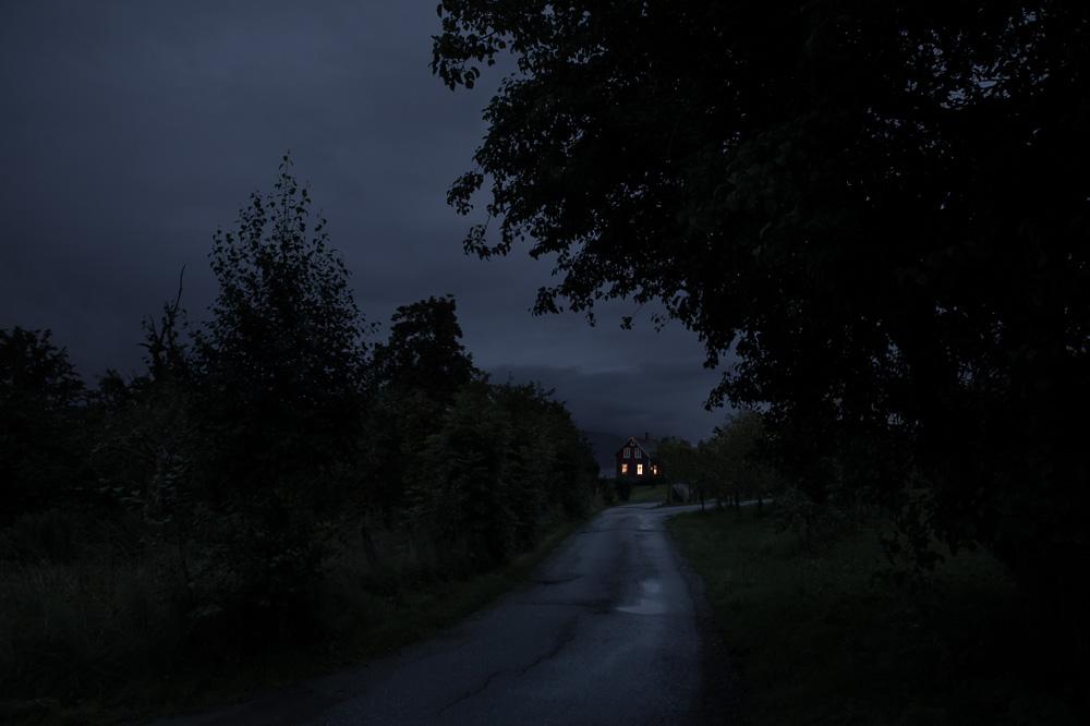 JulienMauve-AfterLightsOut-14.jpg