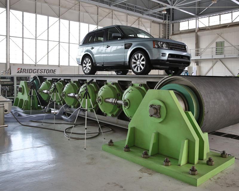 Bridgestone-3D-Printed-Conveyor-Scene-01.jpg