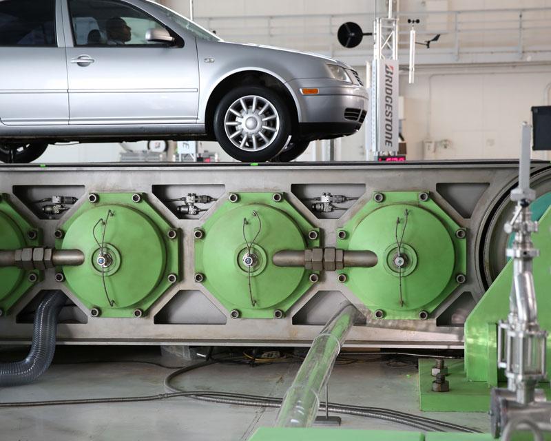 Bridgestone-3D-Printed-Conveyor-Scene-02.jpg