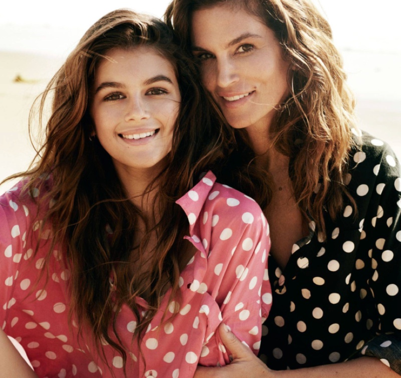 Cindy-Crawford-Kaia-Gerber-Vogue-Paris-April-2016-Cover-Photoshoot02.jpg