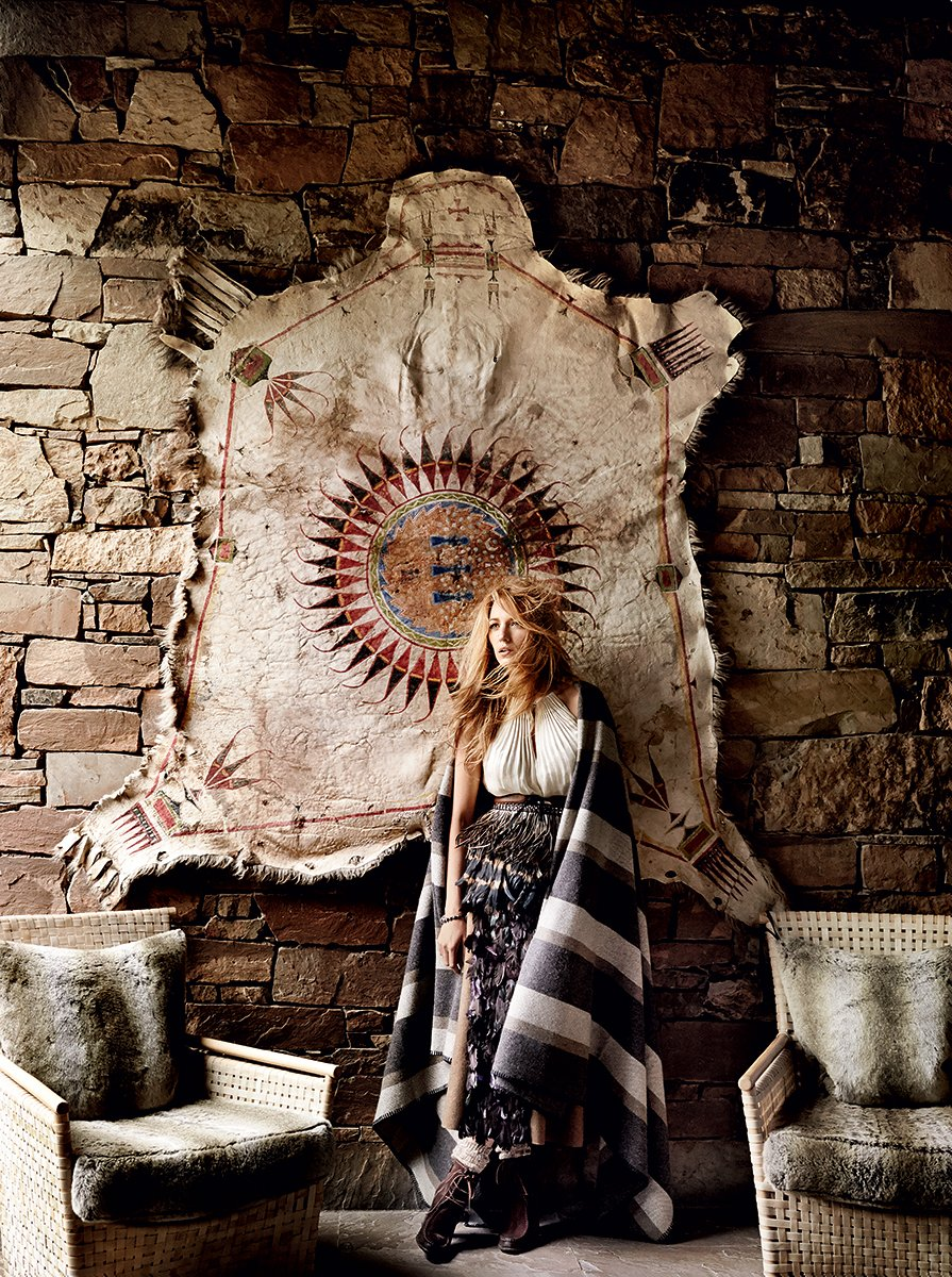 blake-lively-vogue-cover-august-2014-03_170247646998.jpg