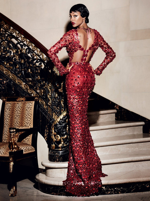 Empire-Rises-Vogue-Mario-Testino-04.jpg