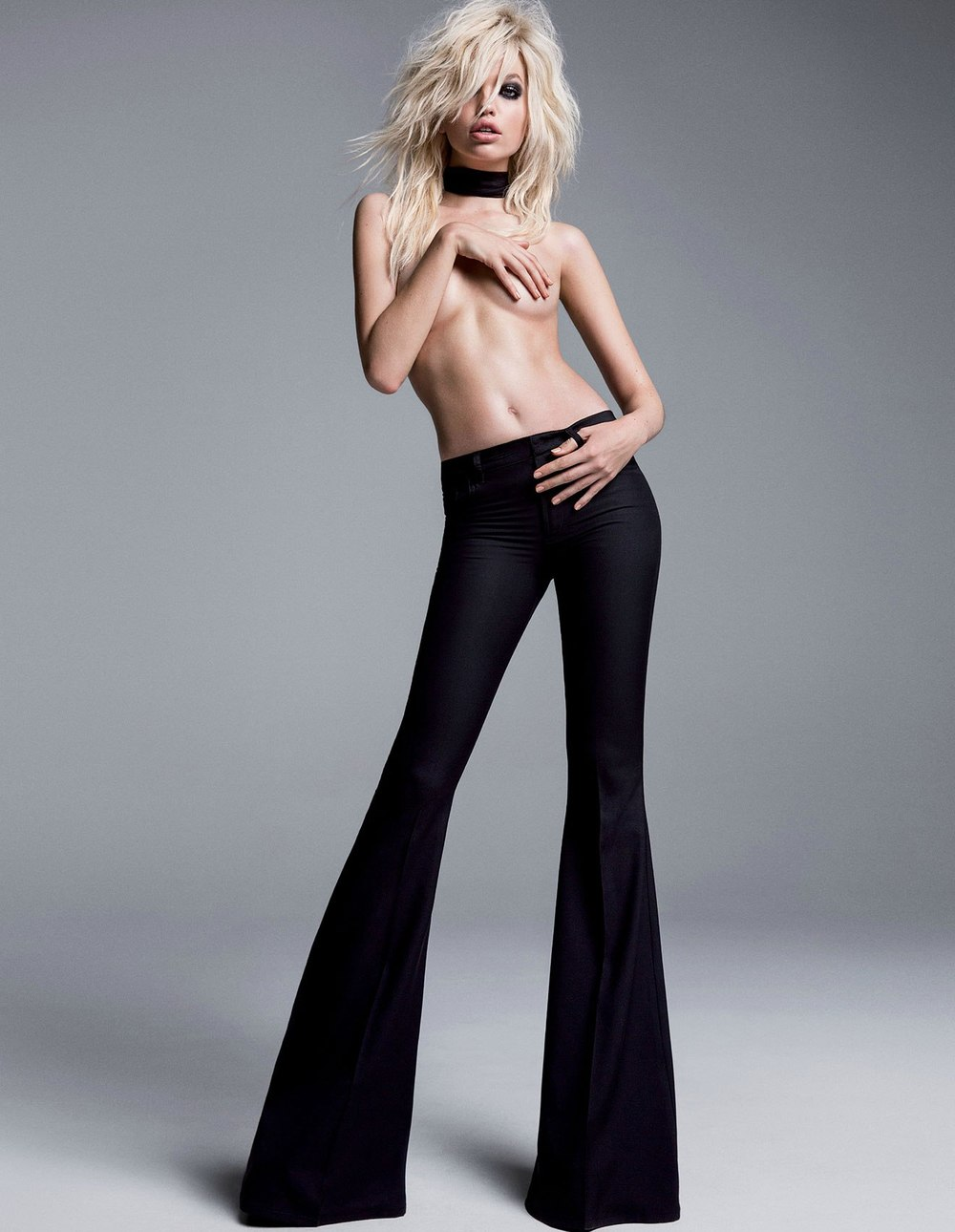 Daphne-Groeneveld-by-Inez-Vinoodh-for-the-Tom-Ford-Spring-Summer-2015-Campaigna.jpg