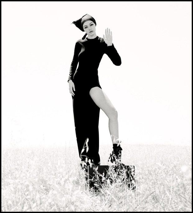 Gigi-Hadid-WSJ-Magazine-Inez-Vinoodh-09-620x683.jpg