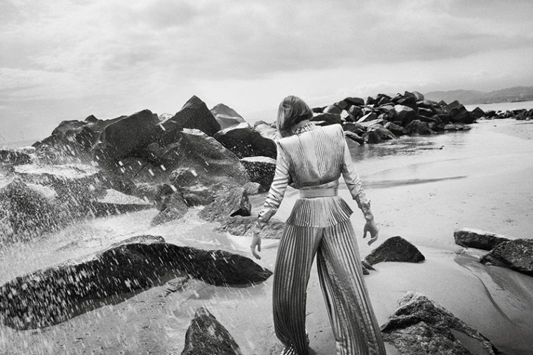 Cara-Taylor-by-Glen-Luchford-for-Vogue-Paris-October-2017-+(11).jpg