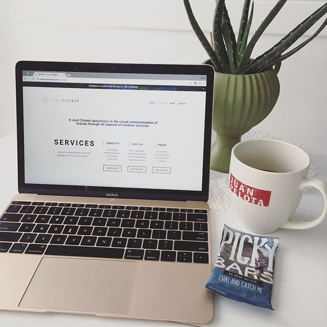 This just may be the Mondayest Thursday in history. Caffeinating and fueling appropriately. Speaking of which, have you tasted the @pickybars newest flavor?? #chaiandcatchme tastes almost too good to be real! #itjustclickeddesign #freelancedesign #creativepreneur #workfromhome