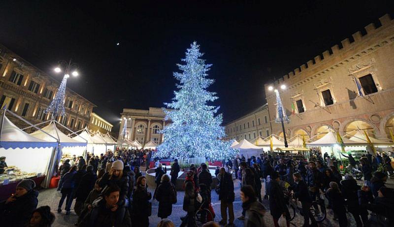 Natale Di Pesaro Andiamo Marche Ontdek De Bezienswaardigheden