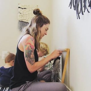 We're only a few hours away from How to Make a Macrame Plant Hanger with Hailey Waters of @thewatersmark there's still time to sign up! New friends + a mid-day wine + new talents. Come join us for what will sure to be a great day of making, learning, and having fun! Register at link in bio! And a special thanks to @rossiandking for letting us use their gorgeous space! #macrameplanthanger #dallasworkshops #dfw
