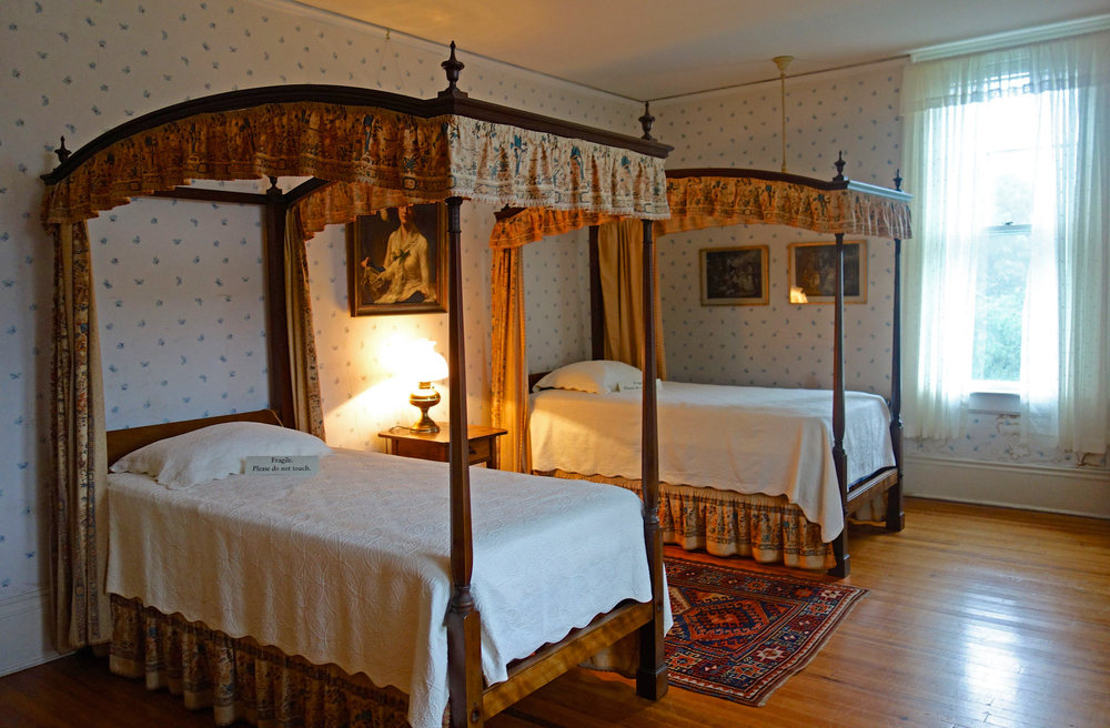 The-Fells-Estate-Bedroom.jpg