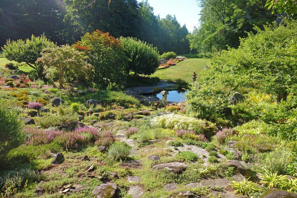 The-Fells-Estate-Rock-Gardens.jpg