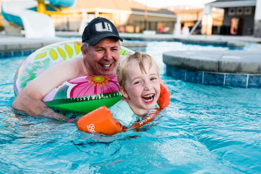 Swimming with Grandma and Grandpa-1029.jpg