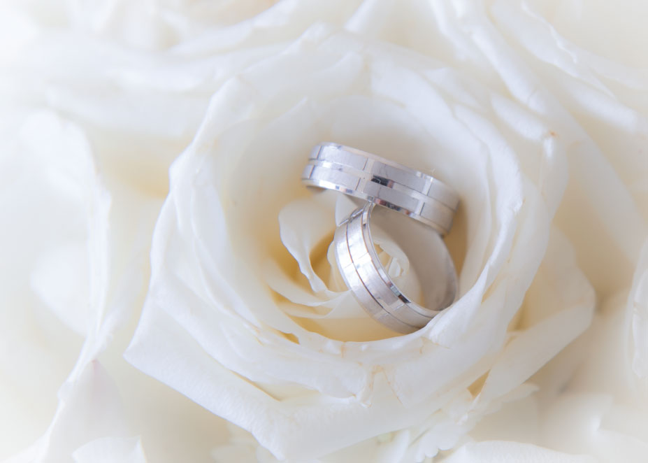 Wedding-Ring-Flowers.jpg