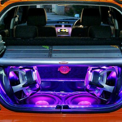 In Your Face audio system - Some people like the lights, the camera, the action. The RGB goodness, the bumping sound and the car that makes people turn and go