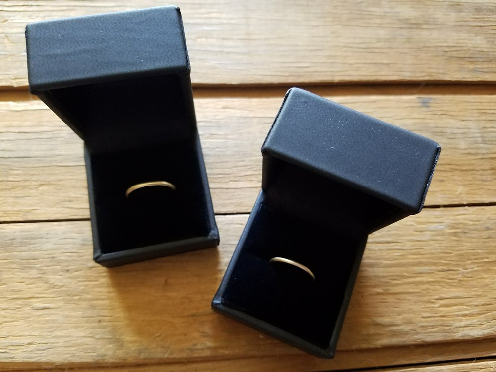 14k Gold Wedding Rings In box