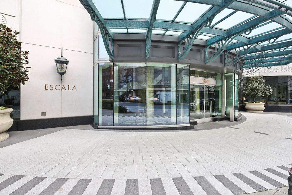 Escala Entry.jpg