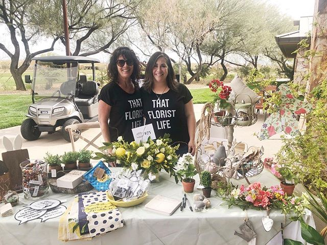The Front Porch Flowers & Gifts is at the Sun City Business Expo today! Be sure to stop by and see us 😊 Swipe to see a beautiful arrangement we have for sale! ✨🍋💐 #suncity #mesquitenv #lemonflowerarrangement