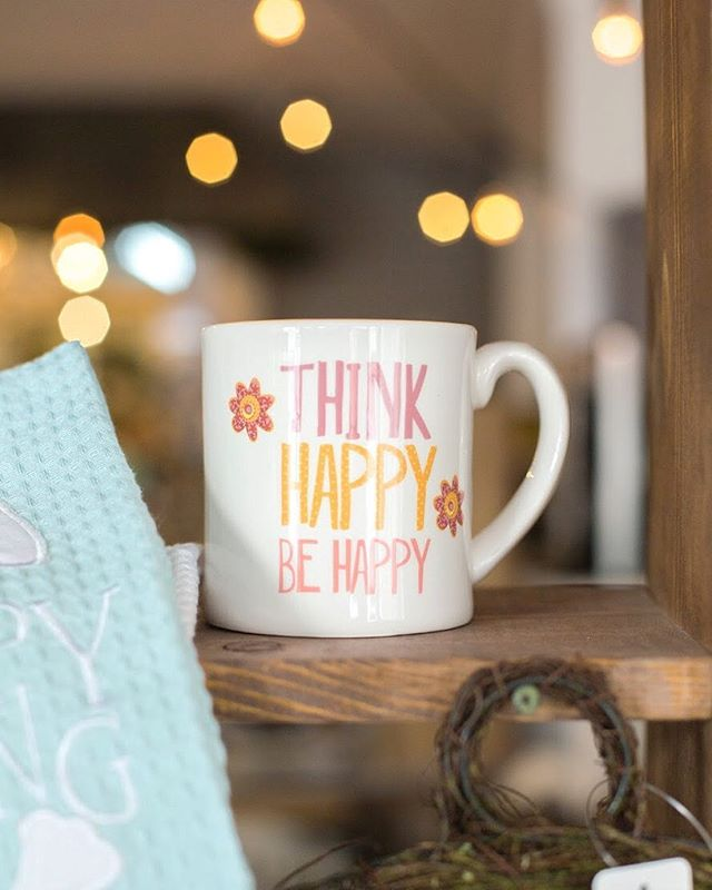 """Think Happy, Be Happy"" ✨💖💐 #positivity #motivation #positivethinking #thefrontporchflowers"