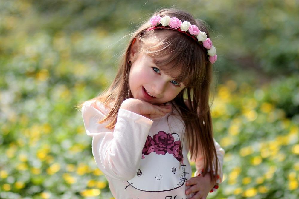 girl-1250673_1920.jpg