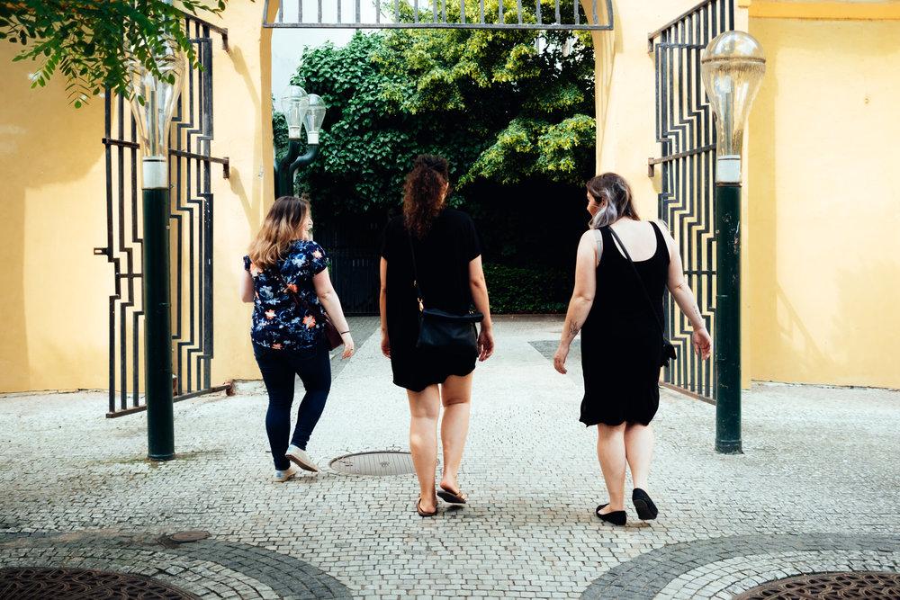 frantiskanska zahrada prague streets