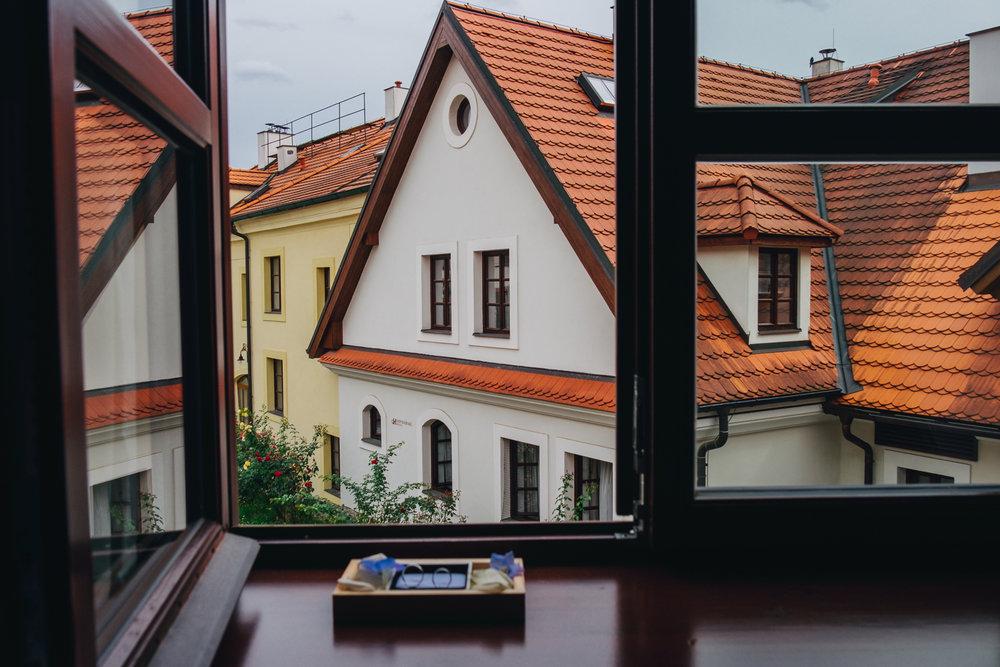 Prague Wedding Photographer (4 of 112).jpg