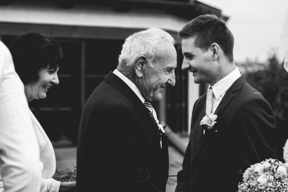 Prague Wedding Photographer (55 of 112).jpg