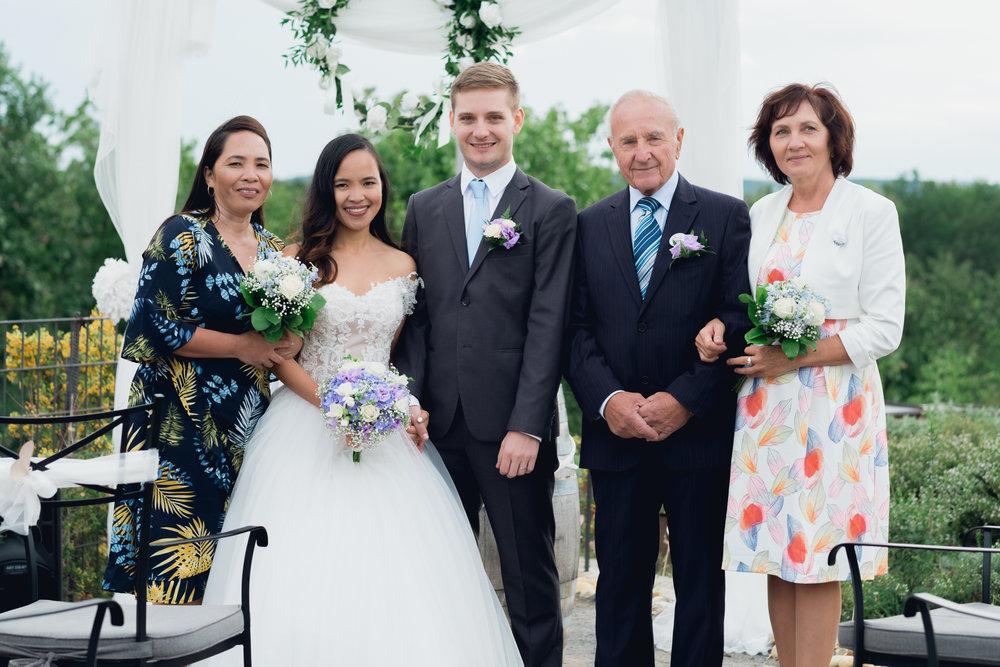 Prague Wedding Photographer (63 of 112).jpg