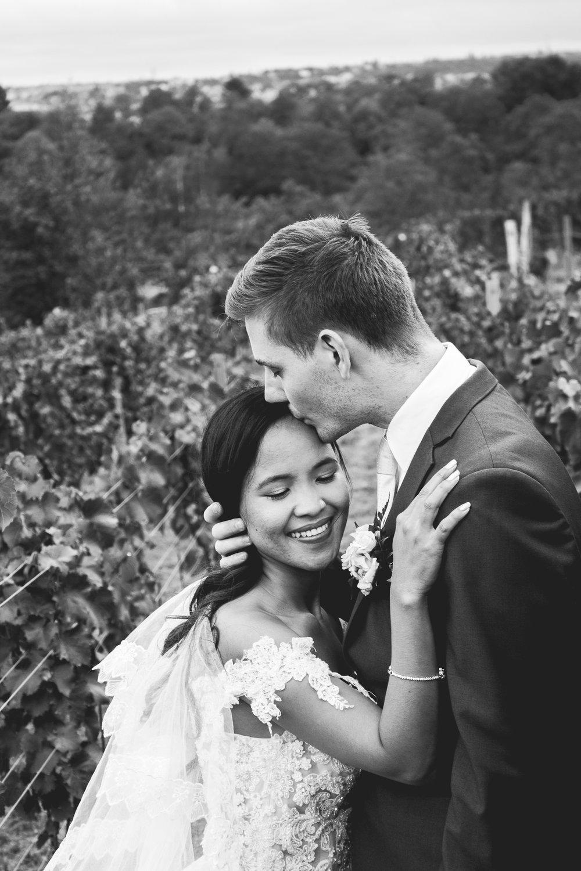 Prague Wedding Photographer (68 of 112).jpg