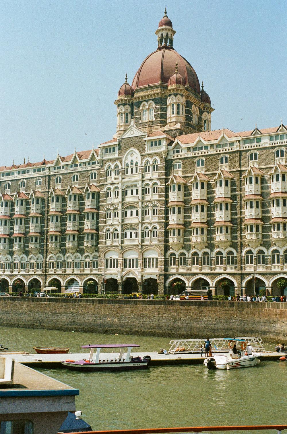 Mumbai Bombay India Portra 400 Minolta X-700 (23 of 65).jpg